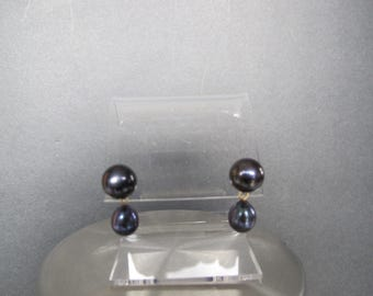 Black South Sea Solid Gold Post Drop Earrings
