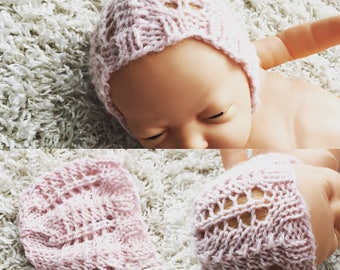 Newborn round back knit bonnet,photo prop,gift idea,coming home,knit,crochet,ready to ship