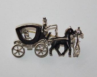 1950s original painted metal novelty Horse and Carriage brooch