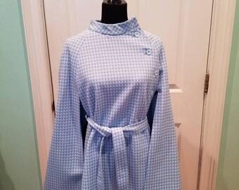 Vintage 60's Light Blue & White Cape