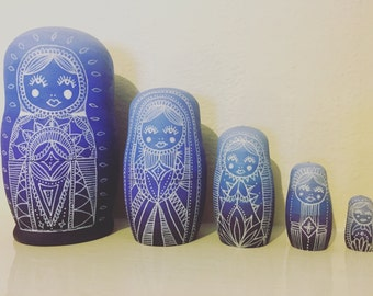 Large purple ombre Russian doll set