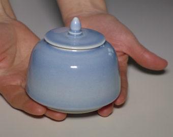 Temple bell jar, porcelain