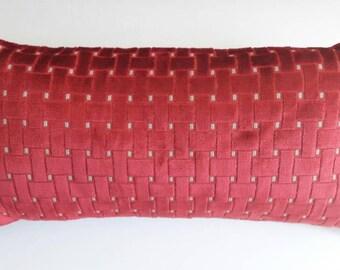 Cushion. RECTANGLE dark red VELVET