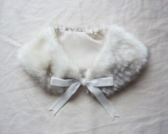Fluffy Grey Fawn/Deer Ribbon Fur Collar [Limited Edition]