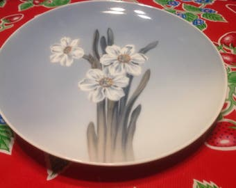 Vintage Royal Copengagen hand painted and signed plate with Narcissus flowers- Denmark
