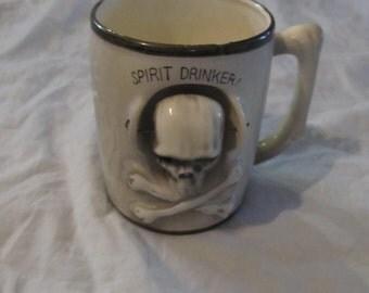 Unusual Vintage Creepy Nodder Skull Spirit Drinker Mug