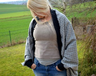 Coupling jacket sweat grey hearts poncho shrug Ärmelschal
