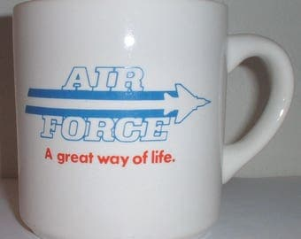 "USAF US Air Force ""A Great Way of Life"" recruiter's coffee mug"
