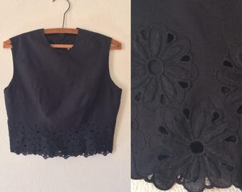 Vintage 90s Crop Top // Jill Stuart Cropped Sleeveless Black Eyelet Shirt
