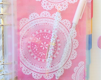 20 doily lace zipper bags medium sized