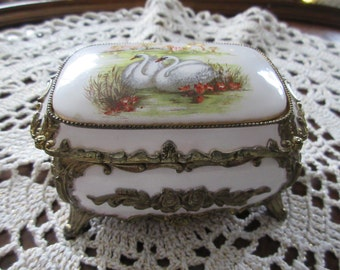 MUSICAL JEWELRY BOX with Swans