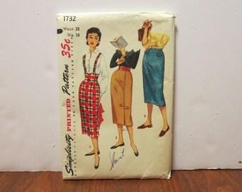 "3 dollar pattern SALE Vintage 1950s Simplicity skirt pattern 1732 waist 28"" hips 38"" complete directions folded unused (81716)"