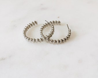 1980's Vintage Silver Striped Wrap Around Track Hoop Earrings 1""