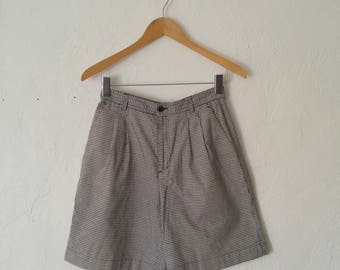 Vintage 80s Black and White Gingham Shorts High Waisted Mom Short