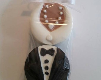 Bride and Groom Chocolate Covered Oreos