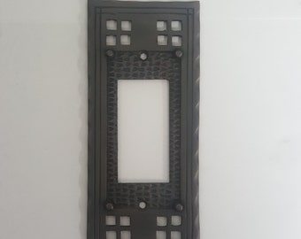 Mission Arts and Crafts Single GFI Switch Plate