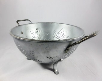 Mirro Aluminum Colander Strainer With Handles Vintage Kitchenware