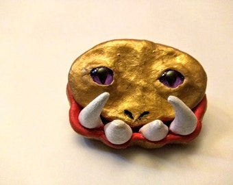 Minature monster box in gold with purple glass eyes small keepsake box polymer clay hand sculpted creature box treasure box