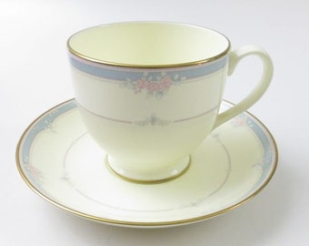 Pfaltzgraff Courtenay American Bone China Cup and Saucer, Pretty Floral with Blue Rim on a French Vanilla Background