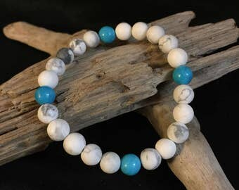 Howlite and Turquoise bracelet