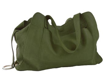 """Leather purse bag closed by magnetic top, military green leather, named """"Ode"""""""