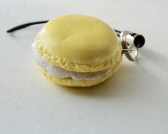 French Macaron Charm