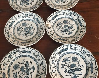 Vintage Cavalier Ironstone, Blue Onion Pattern, Royal China, USA, Bread plates