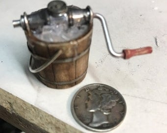 Old tyme ice cream maker