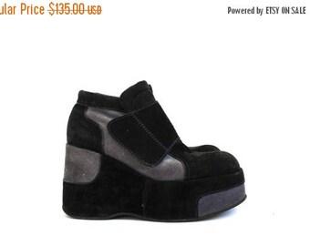 Vinage 90s Italian Black Mega Platforms // Club Kid Mega Platforms // Spice Girl Shoes // Avant Garde Ankle Boots // Platform Sneakers 7