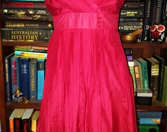 Vintage 90s ruby red sundress - perfect Christmas or Summer dress! Size 10