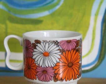 Retro Vintage 1970's Stackable Mug -Flower Power