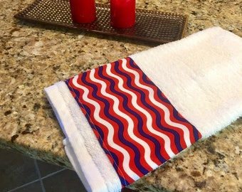 Red White and Blue Hand Towel, Decorated Towel, Veteran's Day Decor, Bathroom Hand Towel, Patriotic Kitchen Dish Towel, Dish Towel,