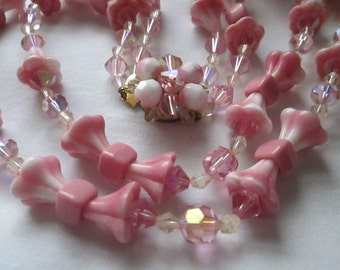 1950s Pink Tulip Flower Crystal Glass Bead Necklace