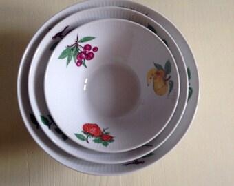 Bowl set, porcelain with Obstdekor, 60s