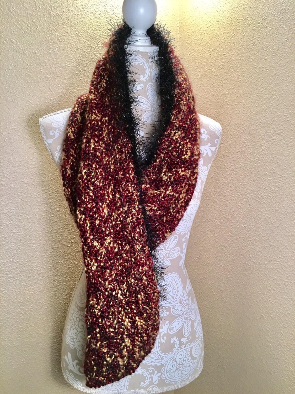 Abert's Scarf  --  a loom knit pattern