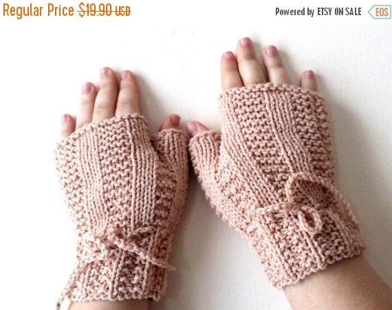 SALE 70% Off Liquidation Fingerless gloves, Hand Knit mitts, mittens, wrist warmers in ivory, cream - Hand knitted cable Mittens