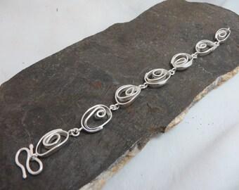 Links in sterling silver bracelet