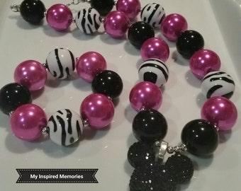 Free Shipping! Fuschia pink black zebra Minnie mouse bubblegum necklace, zebra Minnie bubblegum necklace, fushia Minnie chunky necklace
