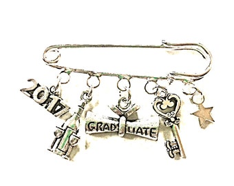Graduation gifts~Congratulations on graduating~kilt pin brooch~bag charm~keyring