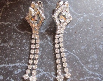 Vintage Dangle Rhinestone Clip Earrings