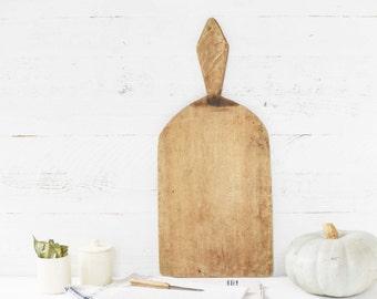European antique cutting board / medium size