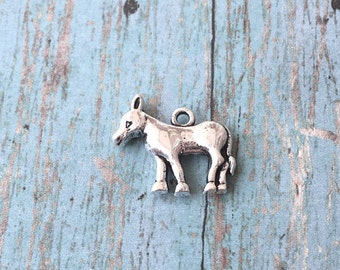 Donkey charm 3D silver plated (1 piece) - silver donkey pendant, farm animal charm, burro charms, silver mule charm, BX87