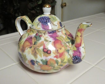 Stunning Vintage Baum Bros. Fruit Design Tea Pot