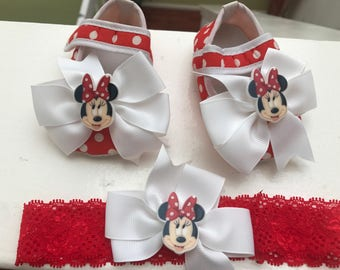 Red and white plea dots baby logo shoes--Newborn polka dots crib shoes Minnie Mouse set