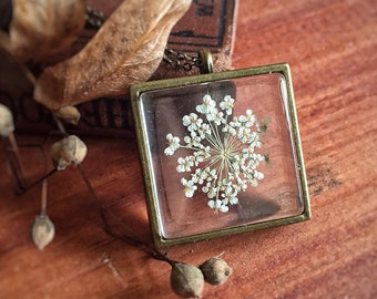 Dried White Dill Necklace - Hydrangea - Fairy Glass Frame - Antique Brass Botanical Woodland Real Flower - Mori Girl - Two Side