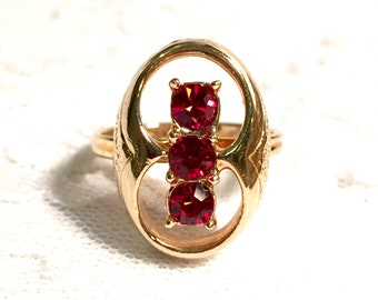 Vintage Rare Sarah Coventry Ruby Red Firefly Gold Ring 1970s Signed SARAH