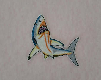 10 cm x 9 cm (3.94'' x 3.54'' ) Shark iron on or sew on patch Shark applique Shark embroidery patches Fish patch Fish applique Fish iron on