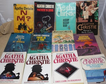 12 Agatha Christie books / Agatha Christie novels (lot 2)
