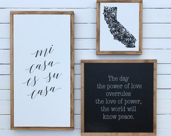 Mi Casa es su Casa // Modern Decor // Wood Sign // California // Welcome // My house is your house // Neutral // Black and white decor //