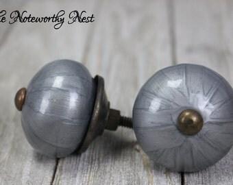 Custom Quantity Knobs / Pulls / Dresser Knobs / Cabinet Knobs / Unique Knobs / Silver knobs / Grey Knobs / Modern Knobs / Bedroom Knobs